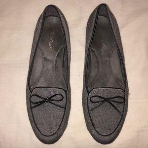 Shoes - Women's flats
